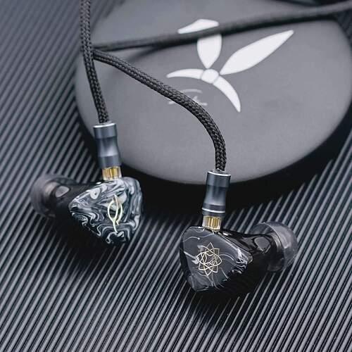 pre-order-seeaudio-bravery-4ba-in-ear-monitors-hifigo-936803_1136x1136